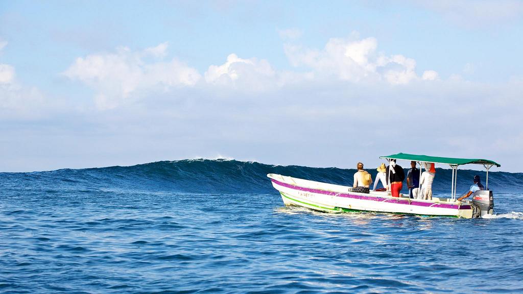island surf boats